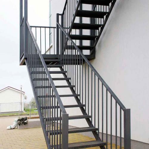 Пожежні та технічні сходи