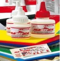 Клей для пластиків  PLASTI-CA  середньої в'язкості